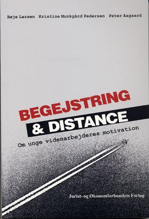 Image of Begejstring og distance (Bog)