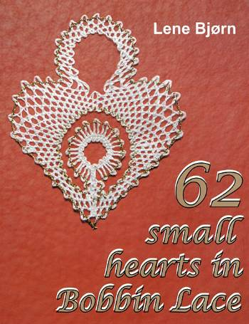 Image of   62 small hearts in Bobbin Lace (Bog)