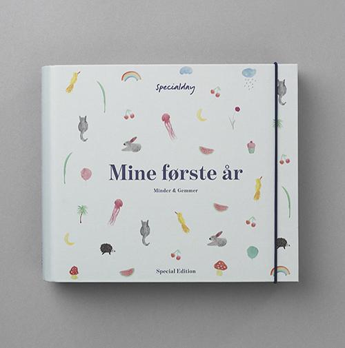 Mine Første År - Special Edition album (Bog)